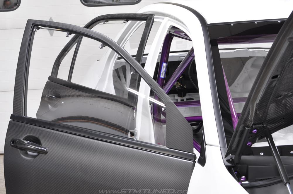 Rochester, NY Custom Fabrication & Builds Matte Carbon Fiber Doors & Lexan Windows